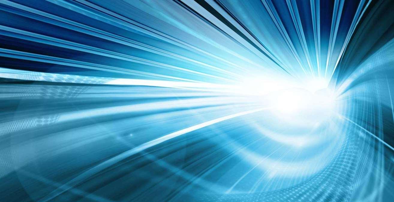 Zils fons - optiskais internets slaidera attēls